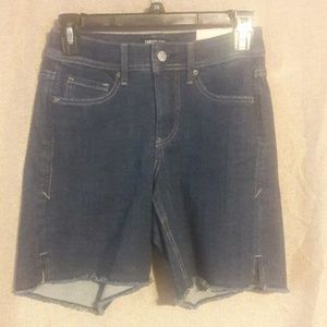 New NYDJ Curves 360 Shorts Size 00